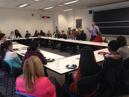 The Honorable Patrick T. Murphy talks to attendees of DePaul University College of Law students