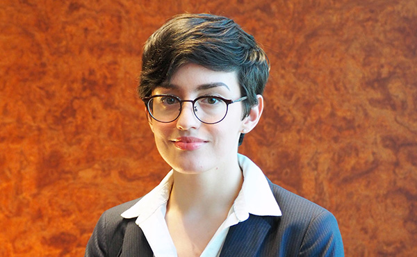 Necessary steps an American 9th Grader aiming to be accepted into Oxford University must take?